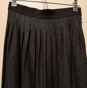 LOFT pleated Maxi skirt